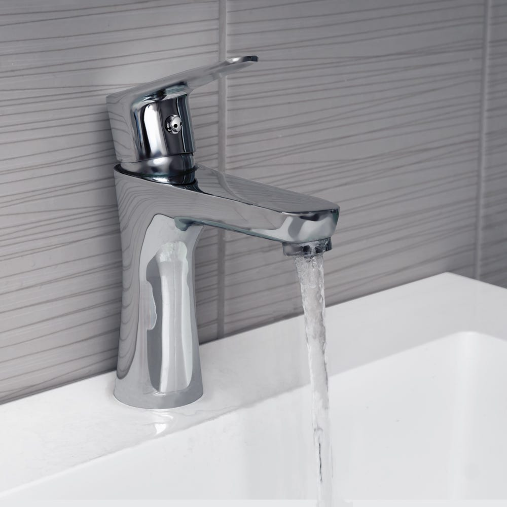 What's the Best Kitchen Faucet Co op The Inventory co op.theinventory.com whats the best kitchen faucet 1834052551
